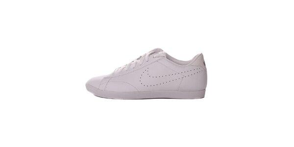 Dámske biele tenisky s perforáciou Nike