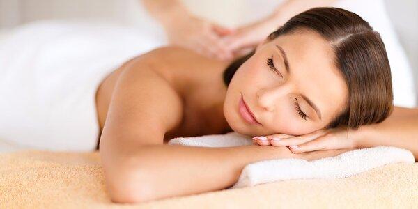 Reflexná masáž chodidiel, rúk alebo masáž chrbta