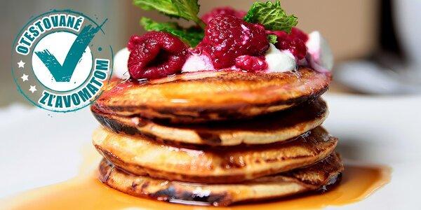 Bohaté raňajky alebo káva s citronádou a zákuskom v Synagóga cafe