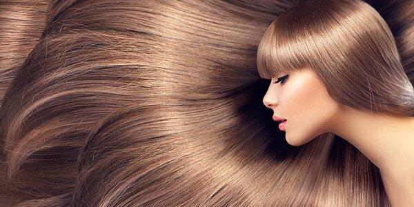 Vyrovnanie vlasov Straightwear, regenerácia, farbenie alebo strih