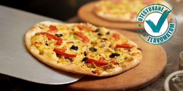 Talianska pizza alebo Bastoncini pizza tyčinky podľa výberu, nápoj v cene