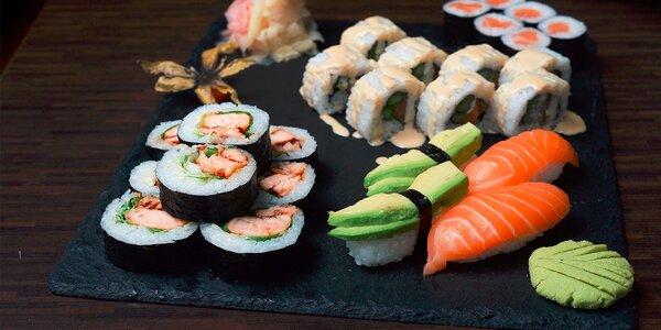 Výborné sushi pre dvoch alebo rybací rámen s kačacím šalátom v Osaka sushi bare