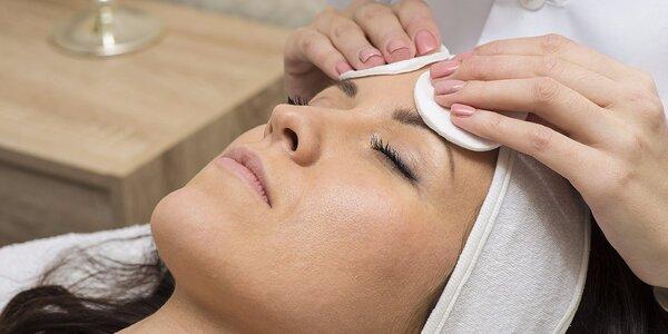 Farbenie a úprava obočia a mihalníc, hĺbkové čistenie alebo mezoterapia