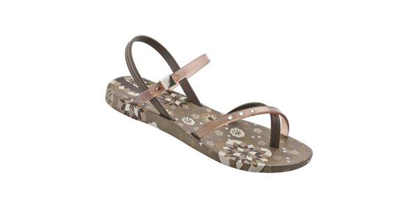 Dámske hnedé sandálky Ipanema s potlačou