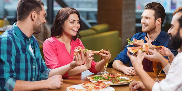 Skvelá XL pizza pre dvoch v Pizza & Restaurant Mamma Mia v Auparku