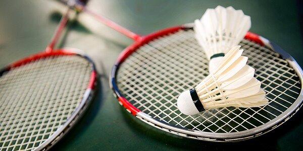 Výhodné permanentky na bedminton - najobľúbenejšieho párového športu!