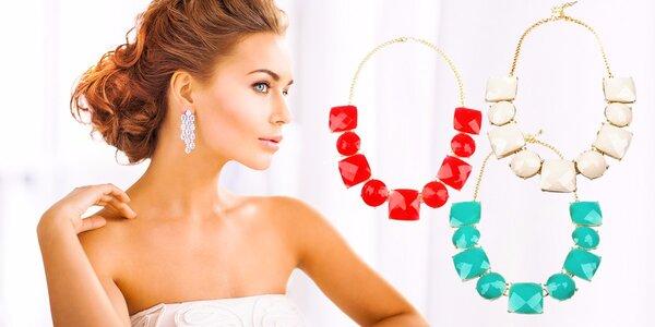 Elegantný masívny náhrdelník s kamienkami