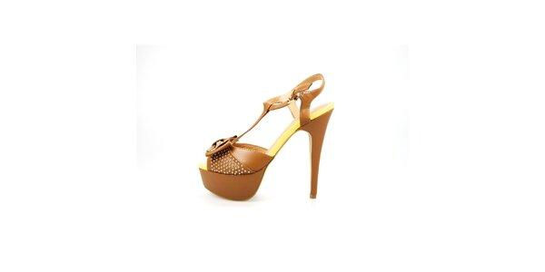 Dámske ťavie sandálky La Strada s kovovými cvokmi a mašľou
