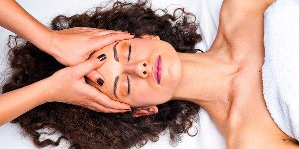 Profesionálne čistenie pleti alebo masáž tváre a očného okolia s gelom s…