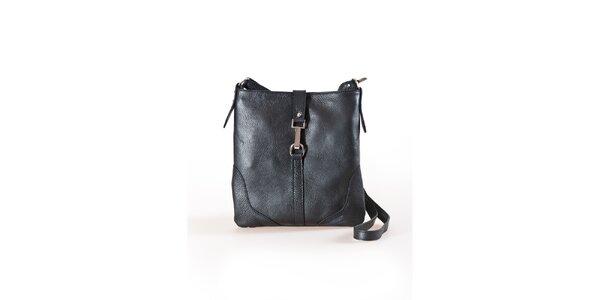 Dámska čierna plochá kabelka s kovovou prackou Luisa Vannini
