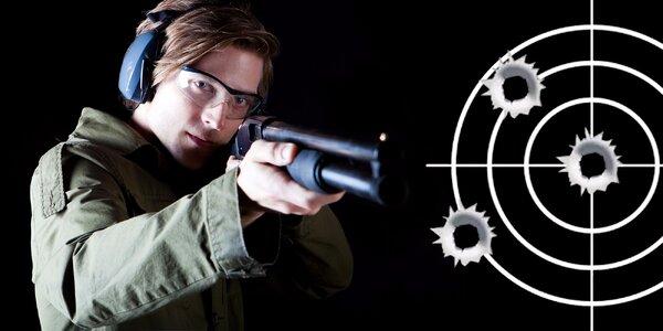 Streľba na strelnici v Štúrove