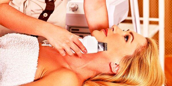 Ultrazvukové čistenie s doplnkovými procedúrami alebo biologický peeling
