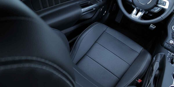 Kompletné hĺbkové tepovanie interiéru vozidla