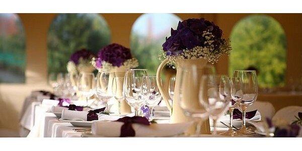 Klasická výzdoba svadobnej sály pre 10 ľudí