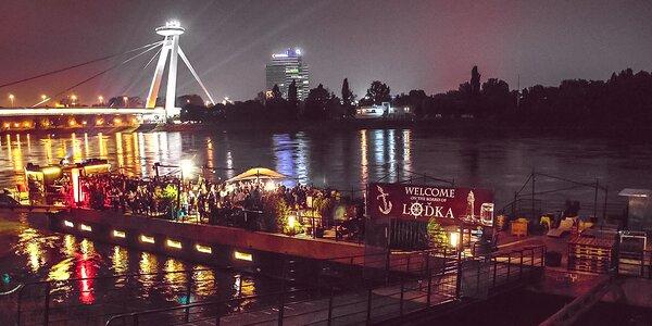 Vaša súkromná party na lodi! Žúr na Dunaji aj s DJom, barom a občerstvením