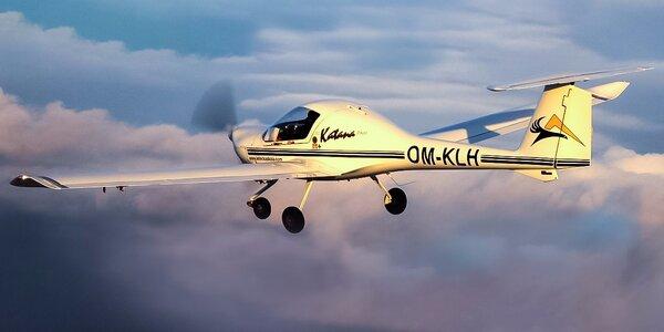 Poznávací let s pilotovaním na skúšku