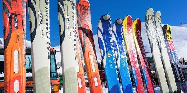 Požičanie lyžiarskeho alebo snowboardového kompletu v Jasnej