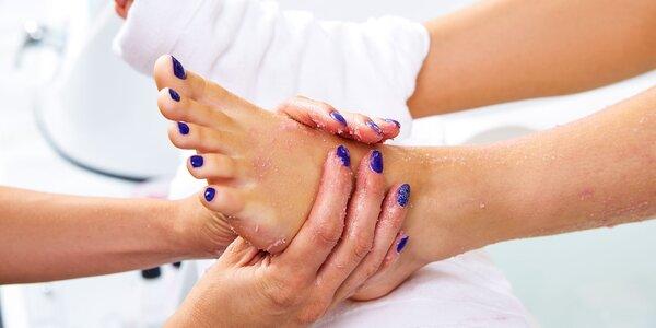 Mokrá pedikúra s možnosťou masáže chodidiel