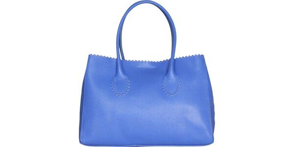 Dámska pastelovo modrá kožená kabelka Made in Italia s ozdobným lemom