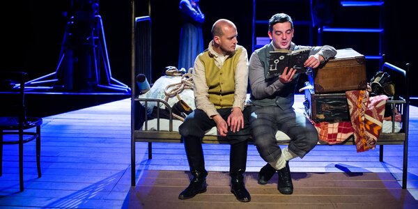 Dve valentínske vstupenky na divadelné predstavenie SMITH & WESSON
