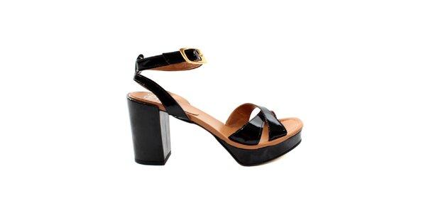 Dámske čierno-béžové lakované sandálky s masívnym podpätkom Bagatt
