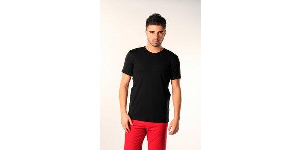 Pánske čierne tričko s véčkovým výstrihom SixValves