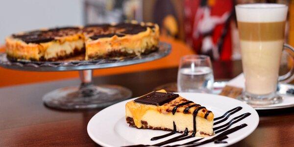 Káva alebo čaj a domáci bezlepkový cheesecake