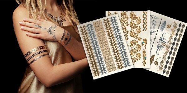 Trendy metalické tetovanie - perfektné na letné festivaly