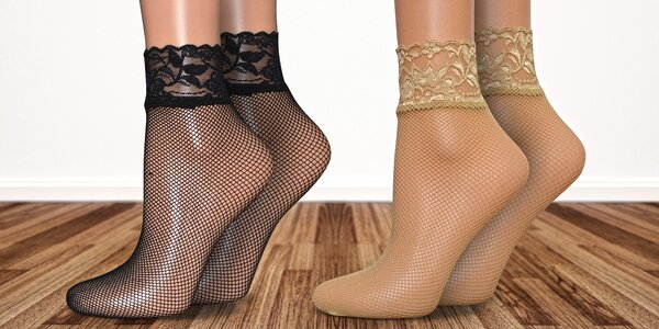 6 párov sieťovaných ponožiek s krajkovým lemom