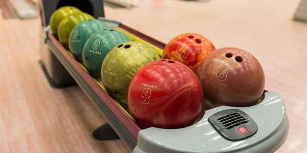 Bowling na profesionálnych dráhach!