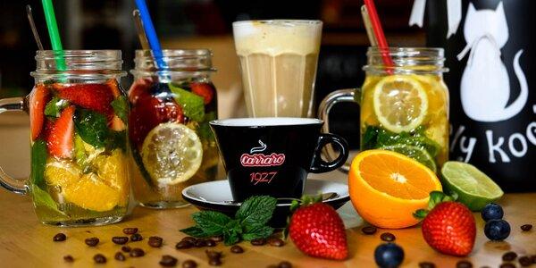 Káva so zmrzlinou alebo limonáda s čerstvým ovocím