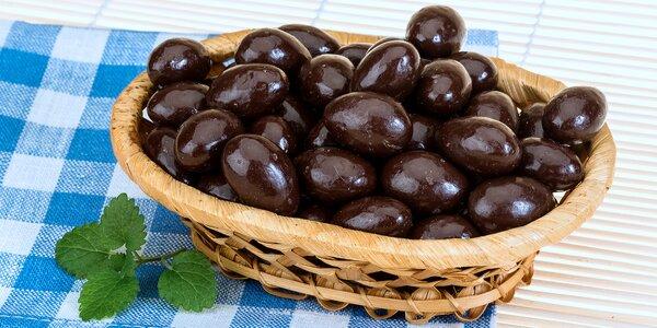 Mandle zahalené v delikátnej čokoláde