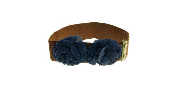 Dámsky hnedý opasok s modrými kvetmi Nice Things