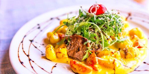 Steak z bravčovej panenky s gnocchi alebo s rizotom na šafránovej omáčke