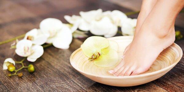 Pedikúra, úprava nechtov, ošetrenie a masáž