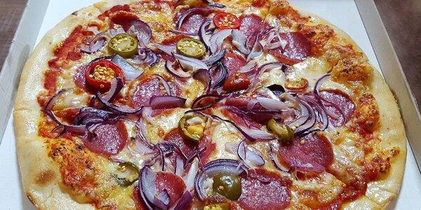 Vyberte si pizzu či burger z bohatej ponuky
