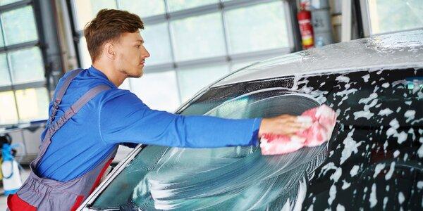 Poctivé kompletné umytie a čistenie auta