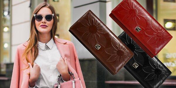 Značková dámska peňaženka
