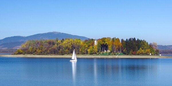 Jesenný relax pri Oravskej priehrade