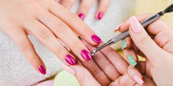 Manikúra a gélové alebo akrylové nechty