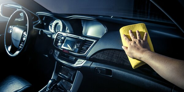 Kompletné čistenie vášho auta či karavanu