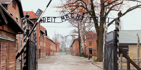 Poznávací zájazd do koncentračného tábora Oswienčim