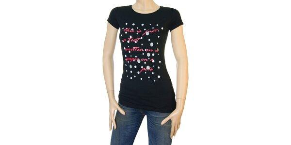 Dámske čierne tričko Matt&Desy s červeným textom a bodkami