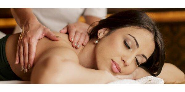 Klasická masáž chrbta a šije s bankovaním