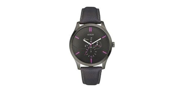 Pánske čierne analogové hodinky s fialovými detailami Guess