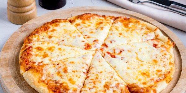 Pizza podľa vlastného výberu, na výber 18 druhov