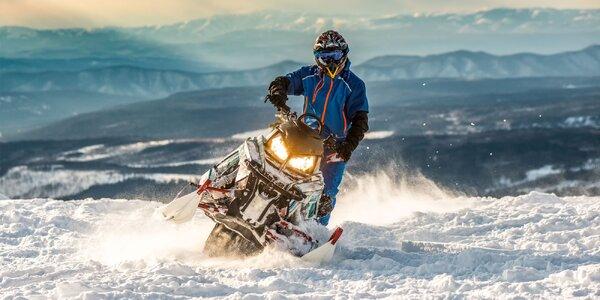 Adrenalín na snežných skútroch v nádhernom prostredí Nízkych Tatier