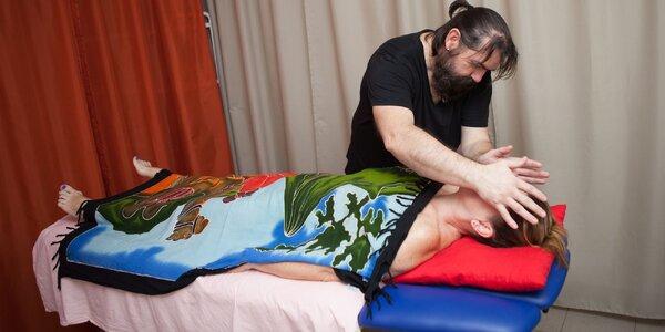Masáž celého tela, chrbta či soľná masáž