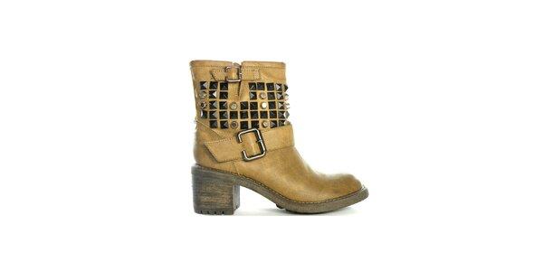 Dámske pieskové nízke čižmy s cvočkami a prackami Shoes in the City