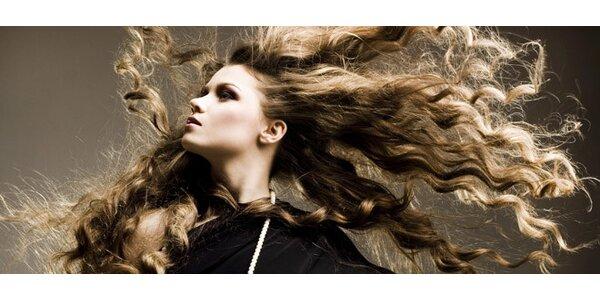 Strihanie a farbenie vlasov